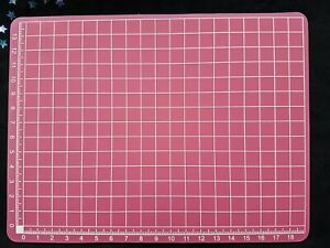 Small Pink Craft Cutting Measuring Mat - 14 x 19cm