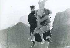 ANNIE GIRARDOT  PHILIPPE NOIRET ON A VOLE LA CUISSE DE JUPITER VINTAGE PHOTO