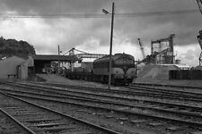 PHOTO  1988 CIE 001 CLASS LOCO TRAIN AT FOYNES ON A TYPICAL IRISH DAY A CIE 001