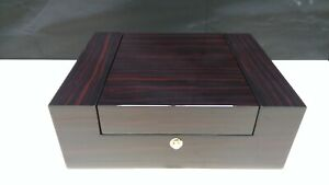 Watch Collectors Box for 6 Watches with Ebony Veneer High Gloss Finish aevitas