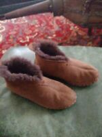 Women's LL Bean Wicked Good Shearling Slippers Bootie Size 6M EUC