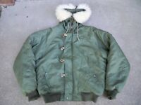 US Army Military Parka Jacket Coat Size Medium Extreme Cold Weather N-2B Snorkel
