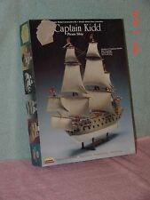 CAPTAIN KIDD PIRATE SHIP KIT  LINDBERG 70873 Plastic Model 1/130 SCALE  MIB