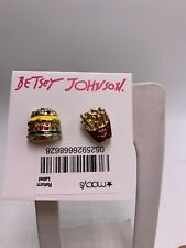 $28 Betsey Johnson hamburger & french fries mismatched stud earrings Z65