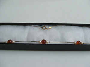New Amber real pearl necklace 925 gilt in gift box.