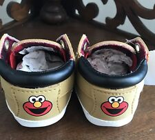 SESAME STREET ELMO Baby Shoes SIZE 1W Toddler Sneakers Walking Shoes SOFT NEW