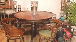 Antique Solid Oak Table With Four Chairs