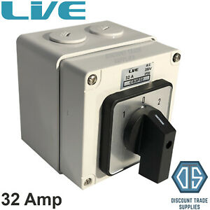 Live IP66 Enclosed Changeover Switch 32 Amp 3 Pole Surface Mounted