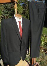 Elegant Vintage 1960s Suit 44L 36x31 - Michaels Stern Envoy - Man in Black