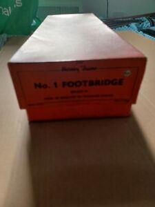 HORNBY TRAINS NO.1 FOOTBRIDGE GAUGE O BOXED