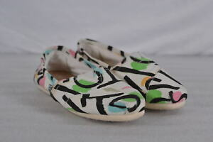 Women's Toms Alpargata Classic Slip On Shoes  White w/ Toms Spell Out Size 5