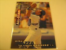 1995 Card MIKE PIAZZA Upper Deck COLLECTOR'S CHOICE 80 [c3a18]