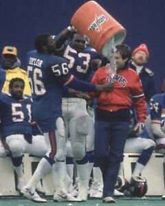 BILL BELICHICK & LAWRENCE TAYLOR 8X10 PHOTO NEW YORK GIANTS NY PICTURE FOOTBALL