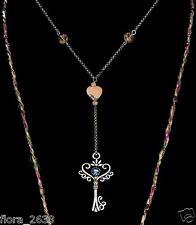 Collier pendentif Tissu Liberty, clé du bonheur strass bleu, bijoux fantaisie.