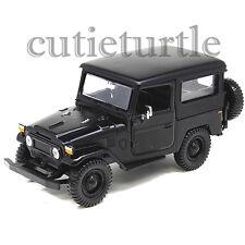 Motormax Toyota FJ 40 Land Cruiser 1:24 Diecast car 79323 Matte Black