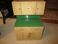 Vintage Wolverine Tin Toy Tan & Green Childs Play Cupboard Nice!!!