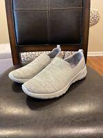 Skechers Women's Go Walk Joy-15611 Sneaker, Grey, Size 7.5 mfke