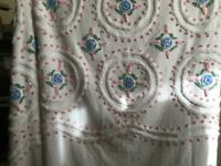 """SILHOUETTE HEIRLOOM CHENILLE BEDSPREAD  102x98"""" 8 FLORAL CIRCLES & more! COTTON"""