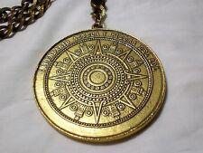 Calendario Azteca y Piedra Del Sol Aztec Sunstone Vintage Medallion Necklace