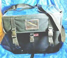 Plaid Creative Gear with pouche, Craft Organizer, Art Supplies bag
