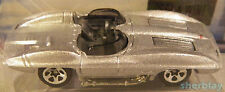 Hot Wheels Mattel Diecast Car 2003 015 CORVETTE STINGRAY First Edition 3/42 MINT