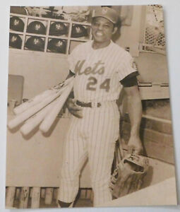 WILLIE MAYS NEW YORK METS 11x14 SEPIA PRINT SHEA STADIUM QUEENS NY DUGOUT PHOTO