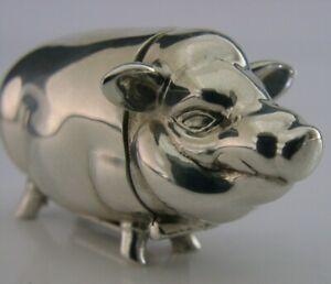 SUPERB SOLID STERLING SILVER NOVELTY PIG ANIMAL VESTA CASE c1980s