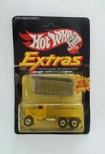 HOT WHEELS 1981 Extras PETERBILT DUMP TRUCK  #4017 NEW in BP Malaysia Unpunched
