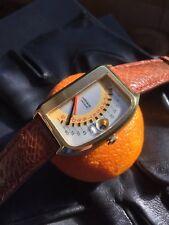 RARE 1970 s WITTNAUER FUTURAMA Double Retrograde homme JUMP hour Watch ETA 2784