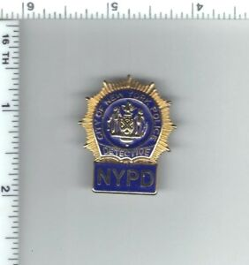 Police Detective's Novelty Pin with Blue Background Letters