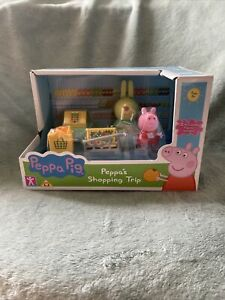 New Peppa Pig - Peppa's Shopping Trip Playset With 2 Figures