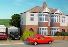 Kingsway, 00 scale, Two semi detached houses, brick bays,  Kit build service.