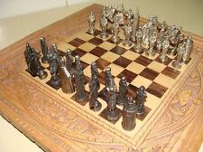 Figuritas de ajedrez sevillanas metalizadas