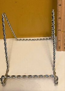 """Twisted Silvertone Metal Wire Display Easel Photo Stand Book Plate Holder  4"""" H"""