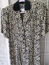 Karen Alexander Daisy Full Button Front Dress with Black Velvet Collar 4 (10-12)