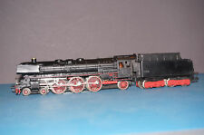Marklin H0  3048 steam locomotive with tender BR 01 097- with smoke generator