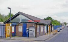 PHOTO  NEW ELTHAM RAILWAY STATION LONDON EXTERIOR BLANMERE ROAD 2005 SE&CR - SID