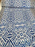 Viskose-Jersey grafisches Muster im Batikl, 150 cm br, Mw, ab 0,5 m (€ 10,00/qm)