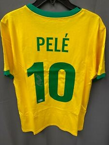 Pele #10 Signed Brazil Soccer Jersey Autographed AUTO Beckett BAS COA