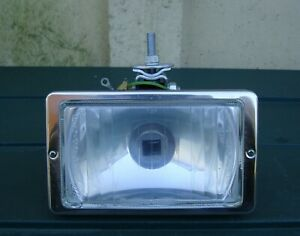 CLASSIC CAR RAYDYOT FRONT DRIVING LAMP IN UNUSED CONDITION ~ LATE 1970's