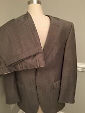 $1395 Hart Shaffner Marx Men's Suit 39R - Excellent Condition - Gold Trumpeter