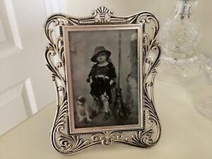 Vintage Silver Plated Plain With Cut Border Elegant Photo Frame