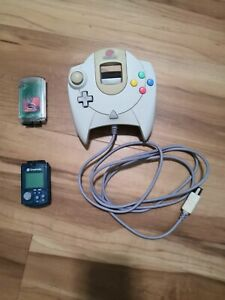 Dreamcast Controller And 2 Memory Cards