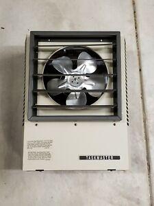 NEW OPEN BOX- TPI Fan-Forced Electric Heater - 7500 Watt, 17,100 BTU P3P5105CA1N