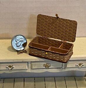 Vintage Artisan AL CHANDRONNAIT Wonderful Picnic Basket Dollhouse Miniature 1:12