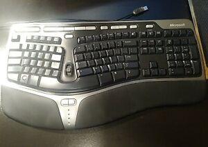 Microsoft Natural Ergonomic Keyboard 4000 v1.0 KU-0462 Model USB Wired well kept