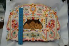 Hand made Vintage Pipe Organ Music Box Souviner Holland Painted Wood Wind up