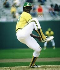 1975 VIDA BLUE Oakland A's BASEBALL ACTION Glossy Photo 8x10 PICTURE WOW!!