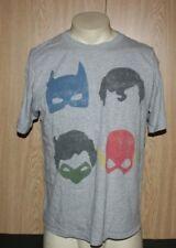 D.C. Comics T-Shirt Batman Superman Green Lantern Flash size Large Gray