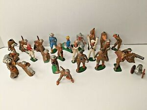 Big Lot of 24 Antique Barclay Lead Toy Soldiers & Cannon WW1/WW2